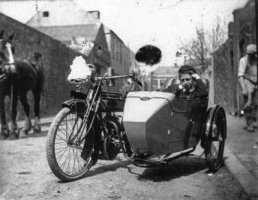 EarlyMotorcycle5.jpg