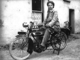 EarlyMotorcycle3.jpg